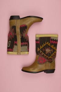 kiboots - stiefel im ethno-stil mit logo-prägung -