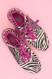 asics - low-top sneakers mit animal-print -