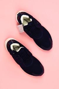 Reebok - low-top sneakers mit logo-prägung -
