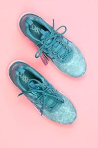 asics - low-top sneakers mit leder-details -